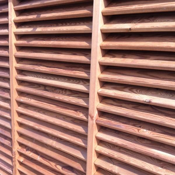 Persienne Claustra Pin traité cl4 marron
